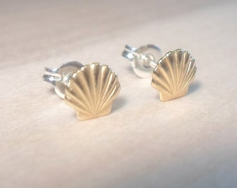Sea Shell Studs, Shell Earrings, Seashell studs, Shell posts, 925 sterling silver posts, Beach studs, Mermaid studs, Mermaid earrings