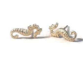 Seahorse Studs, Seahorse Earrings, Gold seahorse stud earrings, seahorse posts, tiny seahorse earrings, Gold studs, Gold posts, beach studs