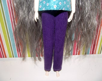 A nice pair of purple straight leg pants for pullip