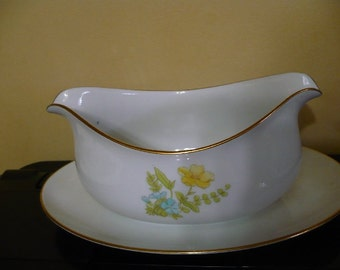 Vintage Elko Spring Bouquet Gravy Boat ( Bowl ) - W/ Attached Plate