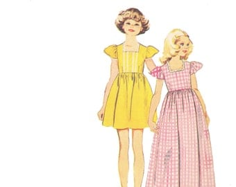 70s Girls Dress Pattern/ Vintage 1970s UNCUT Simplicity Girls Dress, Blouse and Jumper Sewing Pattern 6190