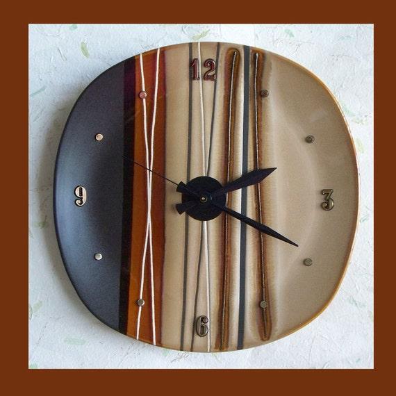 Decorative Wall Plates Nz : Wall plate clock stripe brown tones