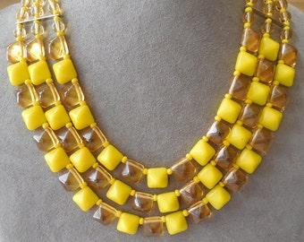 Art Deco German Yellow Glass Bib Necklace & Earrings Set