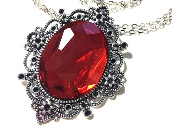 Red faceted cabochon filigree Necklace