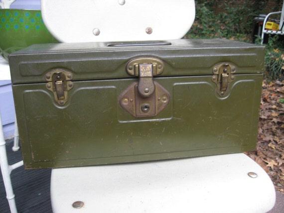 Utilco Union Tool Chest Company Military Green Metal Tool Box