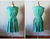 vintage 1950s emerald green dress / 50s pleated dress
