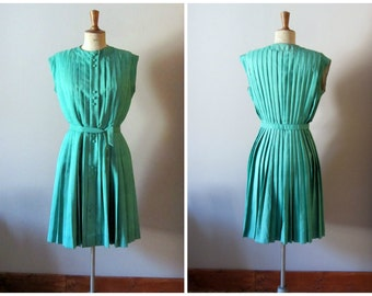 vintage 1950s emerald green dress / 50s pleated dress