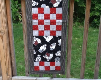 Quilted Knitting Sheep Table Runner