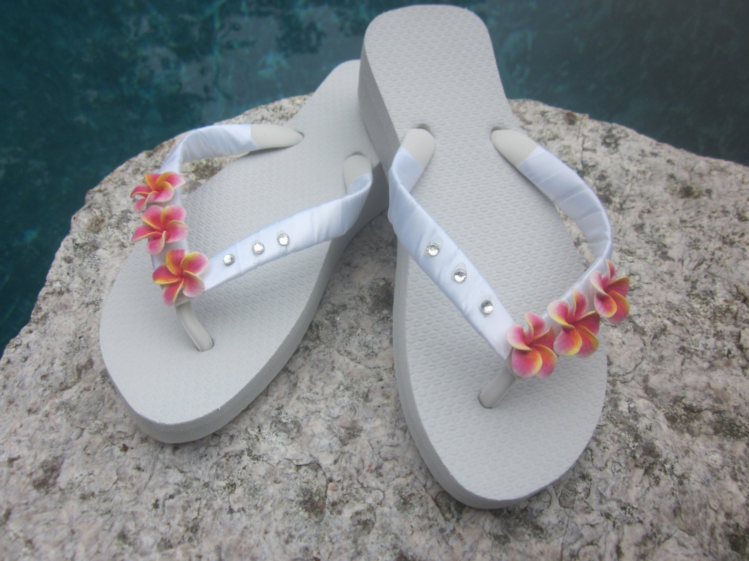 beach wedding flip flops bridal flip flops wedding flip