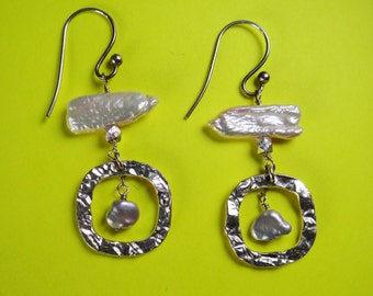 Pearl and silver dangle earrings. Hand made