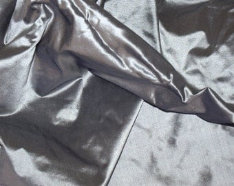 Silk Taffeta in Grey with pale purple- fat quarter-TF 81
