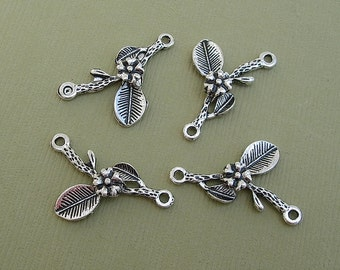 10-Branch Leaf    Flower Charm Pendant Connector Antiqued Silver