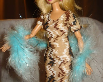 Fashion Doll Coordinates - Teal blue and silver real feather boa shall - es263
