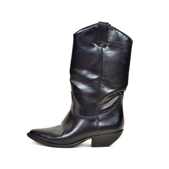 ON SALE ///  Vtg 80s Glossy Black leather western rocker COWGIRL boots, size 5 1/2 36 5.5