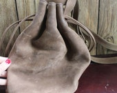 Vintage taupe suede bucket bag