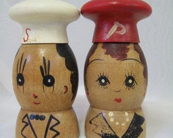 Vintage Salt and Pepper Shakers, Wood, Chefs, Japan
