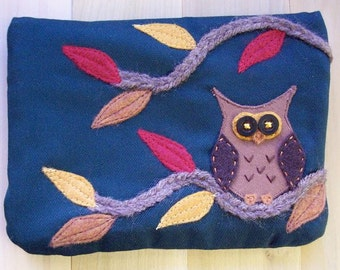 Autumn Owl, Large Pouch