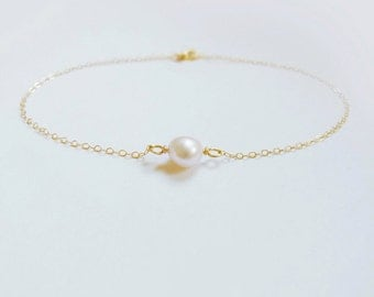 Sole (bracelet) - Organic freshwater pearl and 14k Gold Filled
