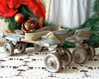 Vintage Roller Skates 1950s Christmas Skates Wards Speedline Shabby Skates Holiday Decor