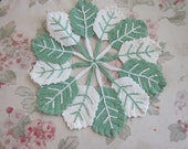 CUTE Vintage Shabby Chic Crochet  Doily  Hot Plate Green White LEAVES - H74