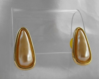 Napier Retro Triangular Faux Pearl Post Style Earrings1980s Vintage Jewelry