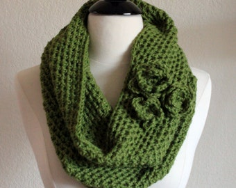 Green Cowl Scarf, Crochet Infinity Scarf, Hand Knit Cowl Scarf, Circle Scarf, Crochet Cowl Scarf, Snood, Winter Accessories, Ready to Ship