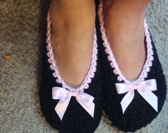 Cozy Crochet Slippers  Toddler through Women's Size 11
