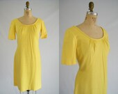 Vintage 1960s Dress / Yellow Sunshine