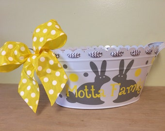 Personalized scalloped oval metal bucket, tub, Easter gift basket, double or single bunny with first or family name, hostess or baby gift