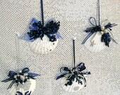 Muschel Schmuck, Weihnachtsschmuck, reserviert für Sommer, Hochzeit Gefälligkeiten oder besonderen Anlass Gefälligkeiten, 4er Set