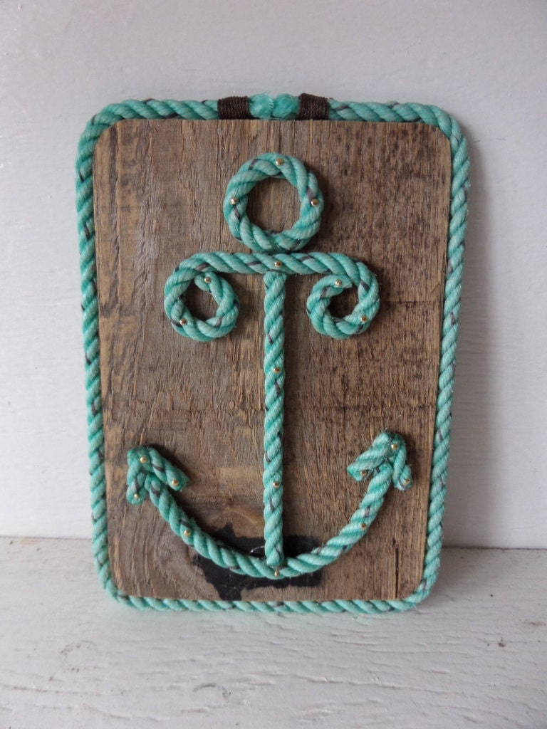 Reclaimed wood with rope shaped anchor nautical decor wall for Anchor decor