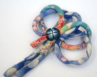 Blu japanese cord brooch