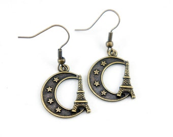 Midnight Eiffel Tower - Antiqued Brass Vintage Style Dangle Earrings - Bridesmaids Gifts Ideas - CP061