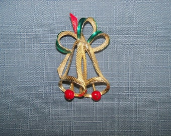Vintage Christmas Bells Pin Brooch Gerrys Gold Green Red Gift Ideas Holiday Stocking Stuffer