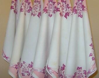 Set of 6 Retro 1950 Napkins Roses and Ribbon Pattern