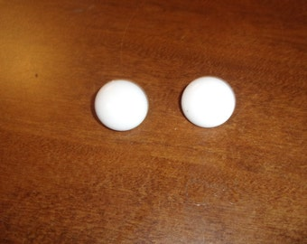 vintage clip on earrings white circles