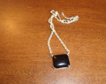 vintage necklace silvertone chain black stone