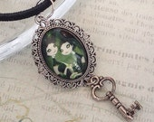 Goth Twins Pendant Necklace, Gemini Necklace, Gothic Style, Steampunk Jewelry, Vampire Necklace, Fairy Princess Necklace, Fantasy Style