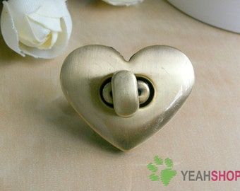 Antique Brass Heart Shape Handbag Twist Lock / Flip Lock - 3cmx2.5cm - 1 Set - LK3