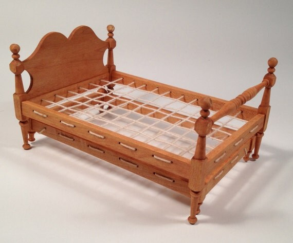Colonial Trundle Rope Bed