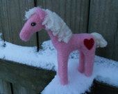 Needle Felted Valentine Horse / Pink Pony with Red Heart / Waldorf Soft Toy / Wool Felt Animal Figurine / Valentine Gift