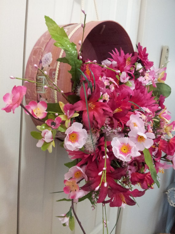 WonderHowTo - Flower Arrangement — Flowers how to