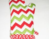 Oven Mitt - Red and Green Chevron - Christmas Oven Mitt - pasqueflower