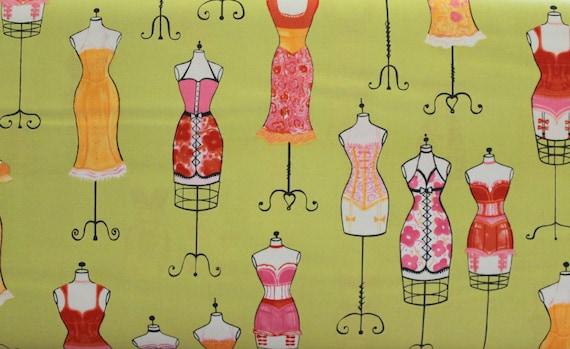 "100 percent cotton fabric,Quilt fabric,Apparel fabric,Craft,Dress Form Fabric,Dress up Sweet Pea,Robert Kaufman,END OF BOLT 1 Yard 12"" x 44"""