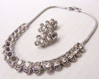 Vintage choker a clip earring set clear crystal Vintage rhinestone necklace stunning design not signed costume jewelry Man Men cocktail Chic