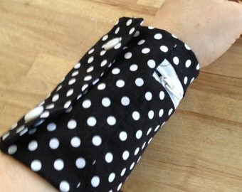 cuff wallet - black and white polka dot