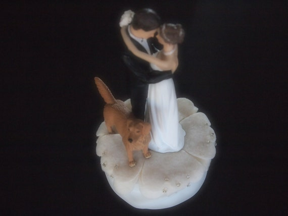 wedding cake toppers bride groom and dog cake topper wedding and groom ivory golden retriever 26422
