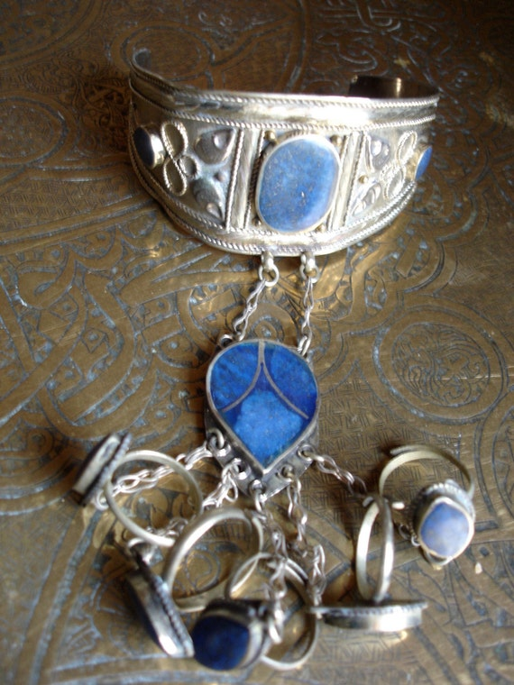 Afghani silver and lapis blue hand piece five ring bracelet (5)