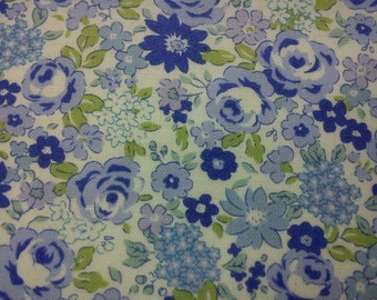SALE - Roses and daisies, blue, fat quarter, pure cotton fabric