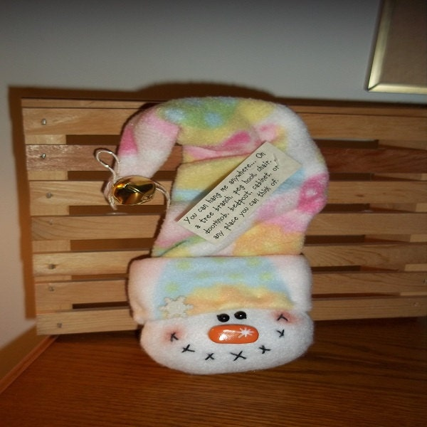 FLEECE-Hang Around Snowman-Pastel